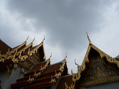 Temple roof (WTPille) Tags: roof temple bangkok buddhistic