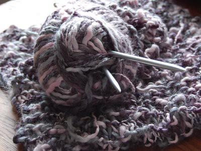 purple scarf / paarse das WIP