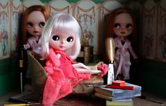 """The Price of Beauty"" (ellewoods2007) Tags: paris twins blythe plasticsurgery vintagebarbie patienceprudence mylittlehelpers customsbyme pennysgirl"