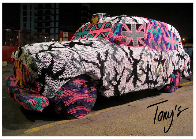 OLEK TAXI OUTSIDE TONY'S GALLERY LONDON