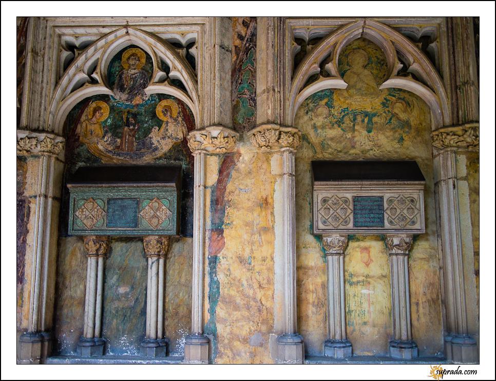 Faded Murals - Tomb of Elisenda de Montcada