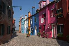 Colorful alley (annalisabianchetti) Tags: alley vicolo burano