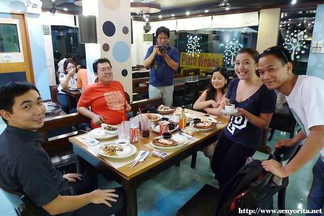 Bloggers @ Plato Wraps Restaurant
