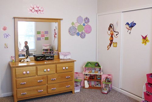 putting it all together - Lexie's room (8)