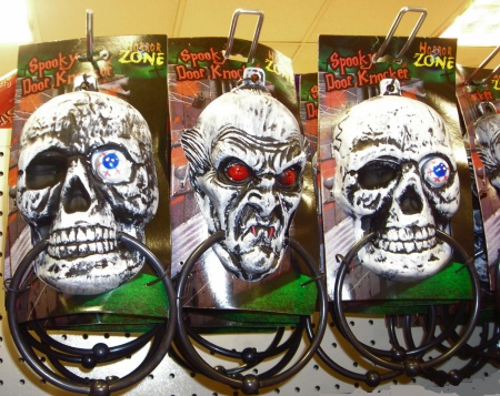 Halloween skulls - scary pictures