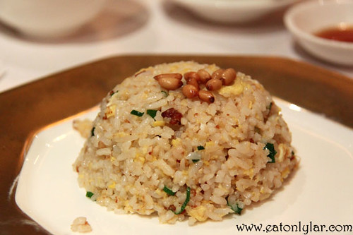 Fried rice with minced goose liver and pine nuts, Lai Ching Yuen