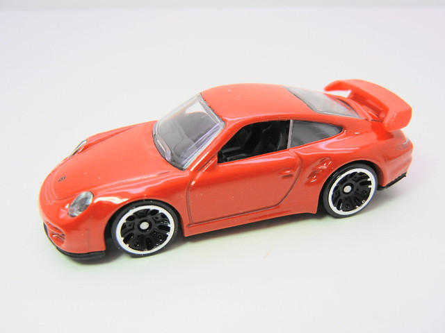 hot wheels porsche 911 gt2 red (2)