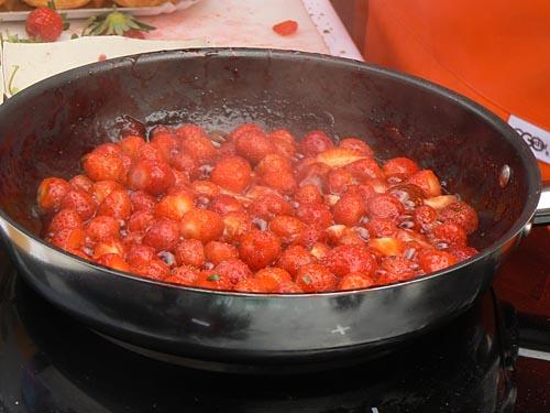 fraises de sbois rôties.jpg