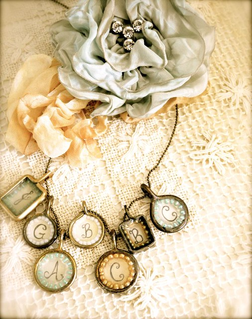 Pretty DIY Vintage Pendants by Ruby Jean