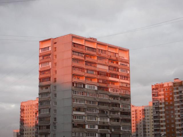 hou120111021