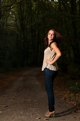 2011-10-21 - _DSC3120 (JulienTocanier) Tags: autumn woman france girl fashion automne nikon shoot femme flash bretagne mode metz finistere d90 strobist plougasteldaoulas julient