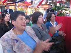 Artesanas de Rari recibiendo el premio Tesoro Huma - 1505766974624