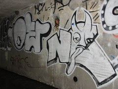 OE / NC (Lurk Daily) Tags: graffiti bay nc south oe