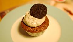 Oreo-Cupcake (_windprincess) Tags: food cupcakes diy cookie sweet eat oreo muffin backen rezept oreocupcakes