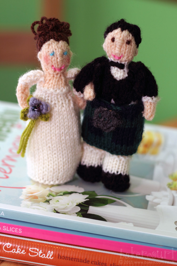 Knitted Cake Toppers