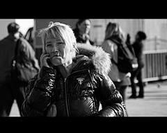 Have fun (Iam Marjon Bleeker) Tags: woman holland girl amsterdam phone cs centraalstation smoker sigaret centraal girlwithherphone occupy016g