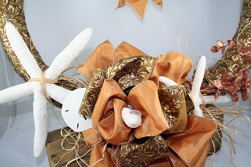 Gold Shell Wreath 3