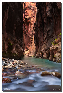 The Narrows classic view, Zion NP, UT