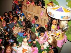 All My Children (Dia 777) Tags: stacie nikki courtney barbie tommy kelly janet krissy liana zahara happyfamilyneighborhoodbabyfriends ballerecitalkelly