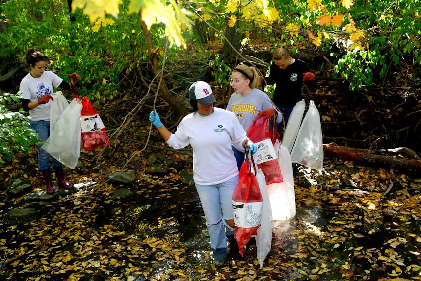 100811 017a hinkson creek cleanup ak