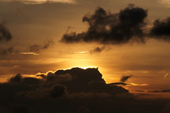 #850C4330- The sun goes west, the clouds comes east (Zoemies...) Tags: sunset beach clouds balikpapan melawai zoemies