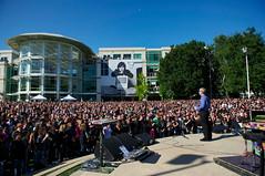 October 19 Employee Celebration of Steve Jobs (Photo Giddy) Tags: macintosh mac memorial imac ipod applestore stevejobs cupertino iphone ipad 1infiniteloop macbook timcook iphone4s