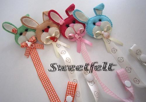 ♥♥♥ Para a chucha não estar sempre a cair... by sweetfelt \ ideias em feltro
