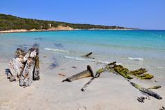 Isola di Caprera - punta rossa - il relitto (Pr_Priscilla) Tags: sardegna sea italy la italia mare sardinia maddalena caprera arcipelago