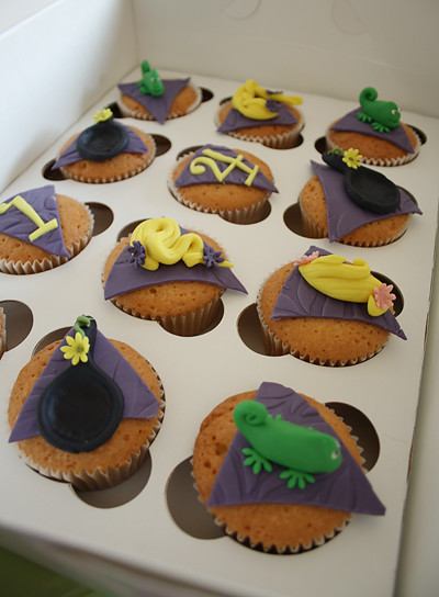 Cupcakes de Rapunzel en su caja