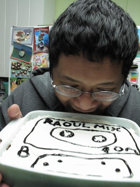 Raoul enjoying his cake.