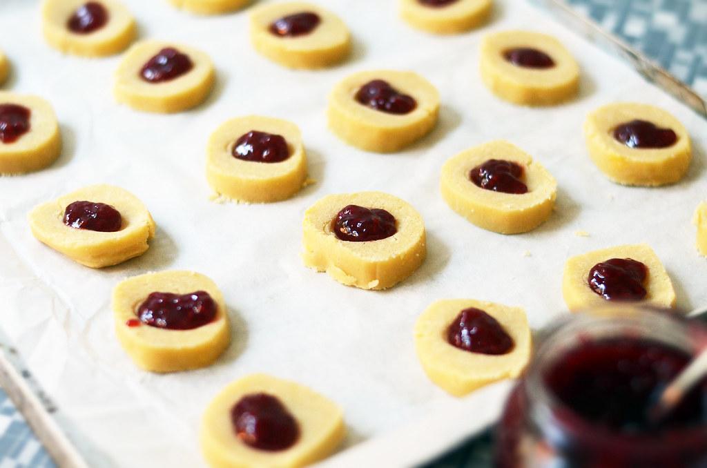 jam cookies.