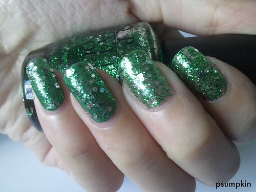 OPI Fresh Frog of Bel Air 2