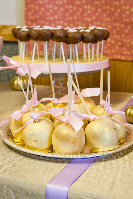 baby shower - candy apples and cake pops