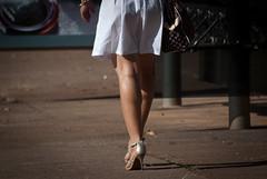 0701tw (Chico Ser Tao) Tags: street woman sexy walking highheels legs mulher pernas rua caminhada voyer saltoalto voyerismo