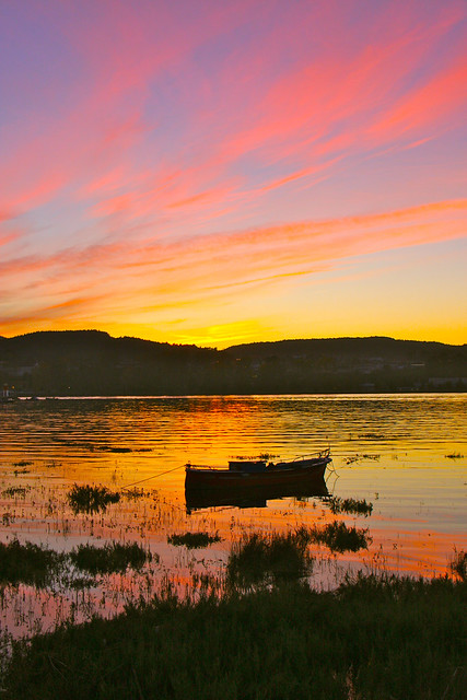 Sunset Boat in Colindres