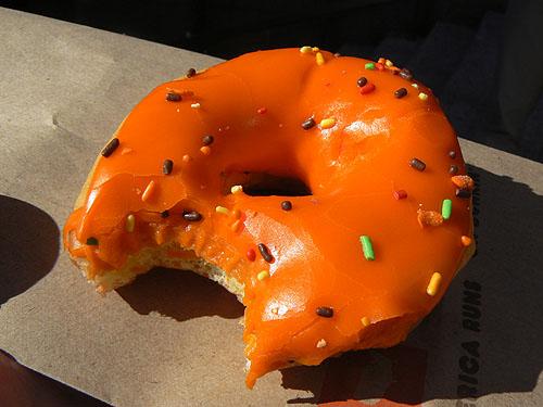 donut halloween.jpg