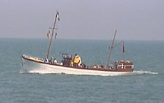"Allchorn Boat • <a style=""font-size:0.8em;"" href=""http://www.flickr.com/photos/59278968@N07/6325180373/"" target=""_blank"">View on Flickr</a>"