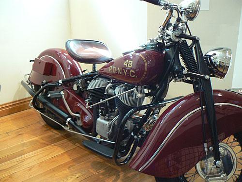 vieille moto.jpg