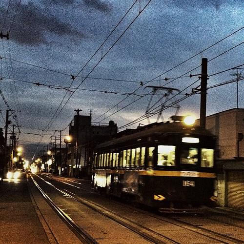 今日の写真 No.429 – 昨日Instagramへ投稿した写真(2枚)/iPhone4S、Camera+、Snapseed、Big Lens