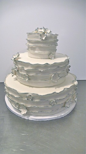 Silver Edging Wedding Cake by CAKE Amsterdam - Cakes by ZOBOT
