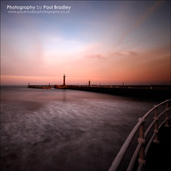 Whitby (ScudMonkey) Tags: lighthouse seascape canon coast pier whitby slowshutter manfrotto uwa ef1740mmf4l nd1000 nd110 804rc2 paulbradley 055xprob 5dmkii