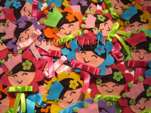 ♥♥♥ Princessas de trazer ao peito ... muitas.... by sweetfelt \ ideias em feltro