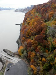 Hazard's Dock Boat Launch on the Hudson River, Palisades Interstate Park, New Jersey (jag9889) Tags: park autumn fall boat newjersey nj foliage pip hudsonriver interstate launch fortlee palisades 2011 bergencounty hazardsdock y2011 jag9889