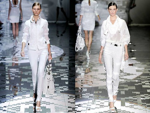 Gucci-Primavera-2010-traje-blanco-pantalon