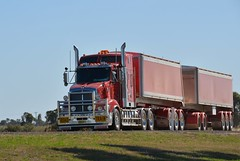 Kenworth T609 Road Train (quarterdeck888) Tags: flickr transport trucks armitage roadtrain kenworth tippers haulage quarterdeck bdouble t609 armytage jerilderietrucks
