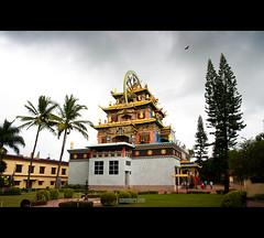 Bylakuppe tibetan monastery (Subinkrishna G) Tags: india canon eos sigma monastery karnataka coorg bylakuppe 1770mm 1000d
