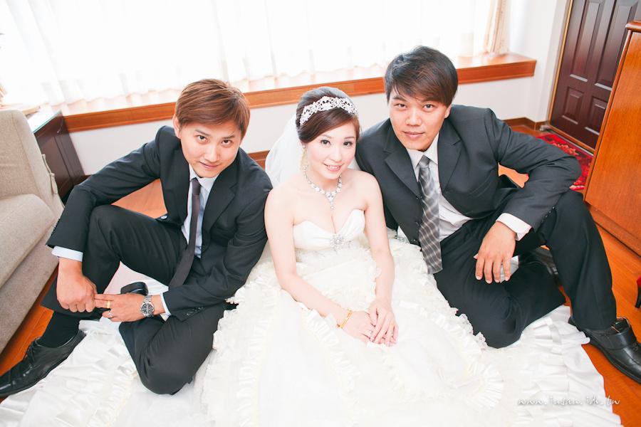 wed110910_0807