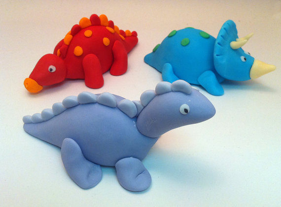 how to make dinosaurs from fondant