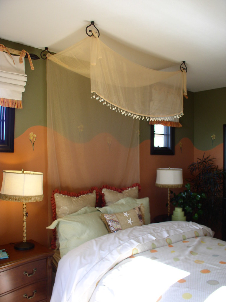 CHEAP CANOPY BEDS FOR GIRLS