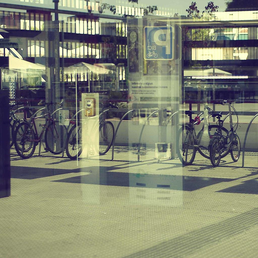 Bicis, metro, terraza